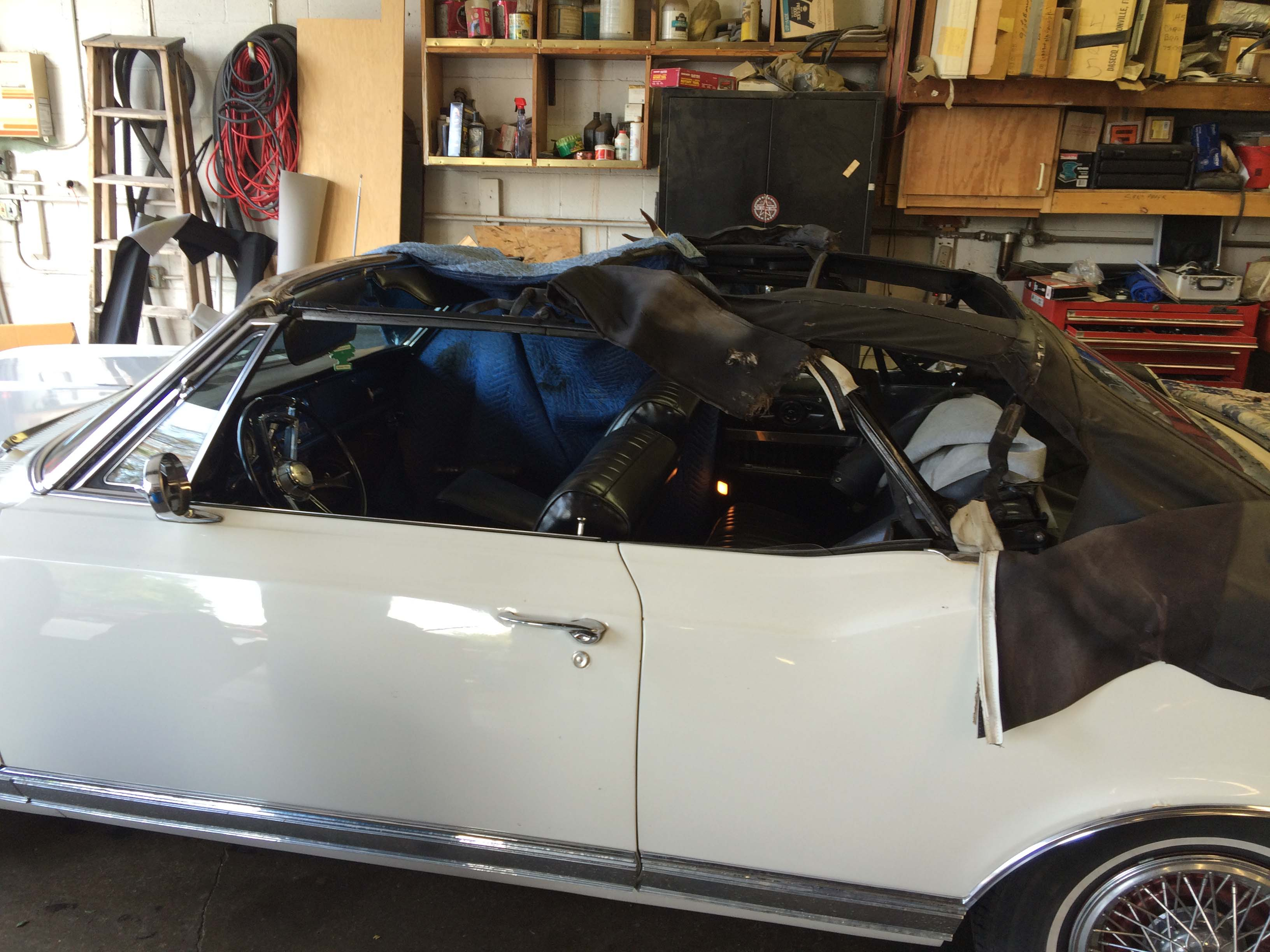 picture of car convertible top in need of cosmetic repair